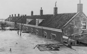 river-floods-300x187